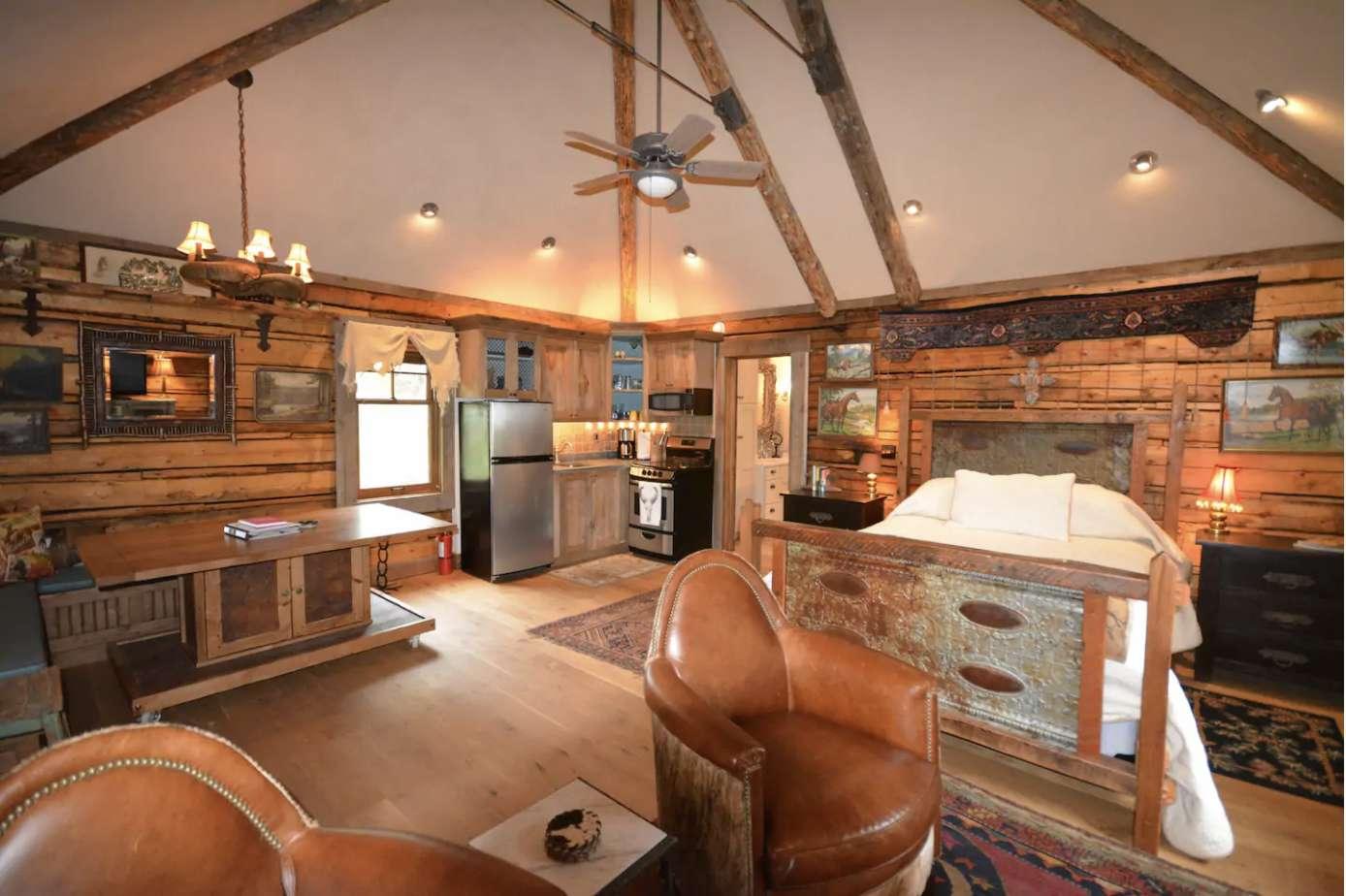Artisan Studio Cabin Near Emigrant
