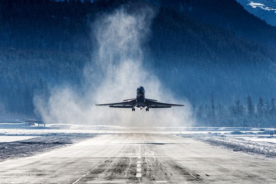 Plane landing in Switzerland airport