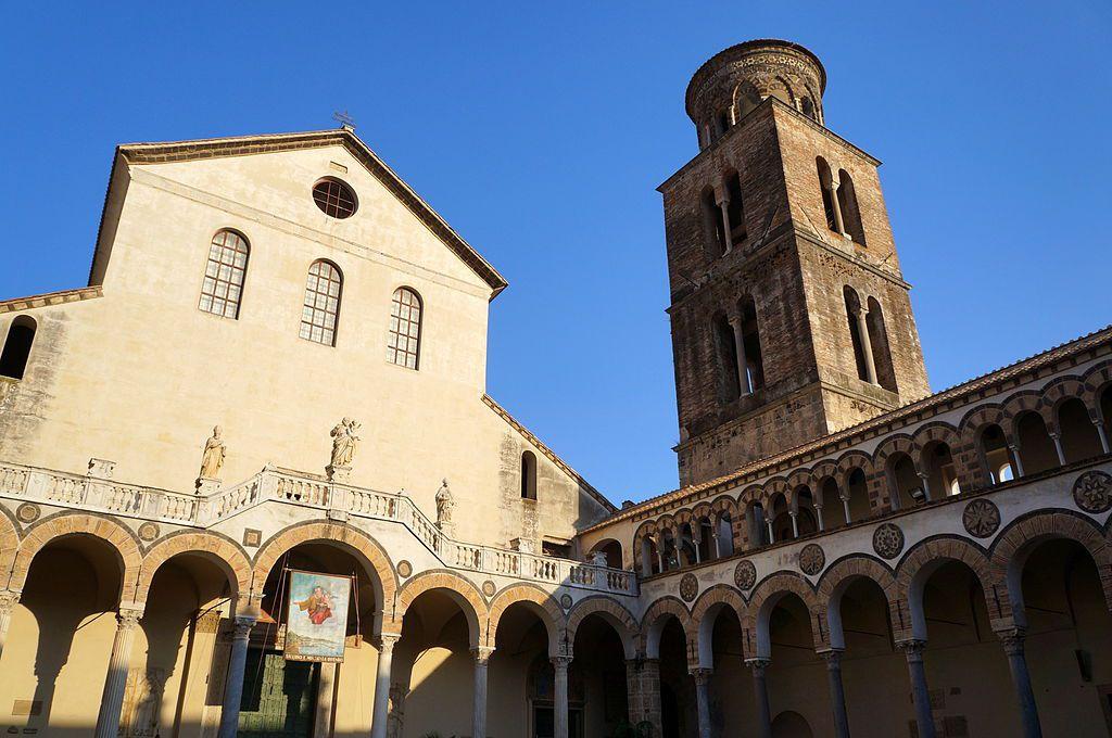 Exterior del duomo de Salerno