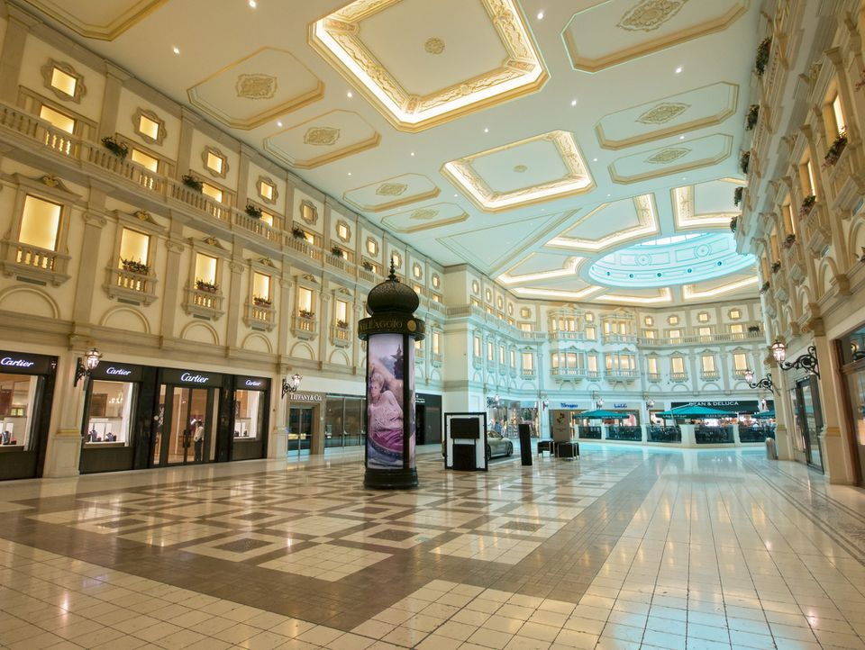 Interior of upmarket Villaggio shopping mall in Doha Qatar.