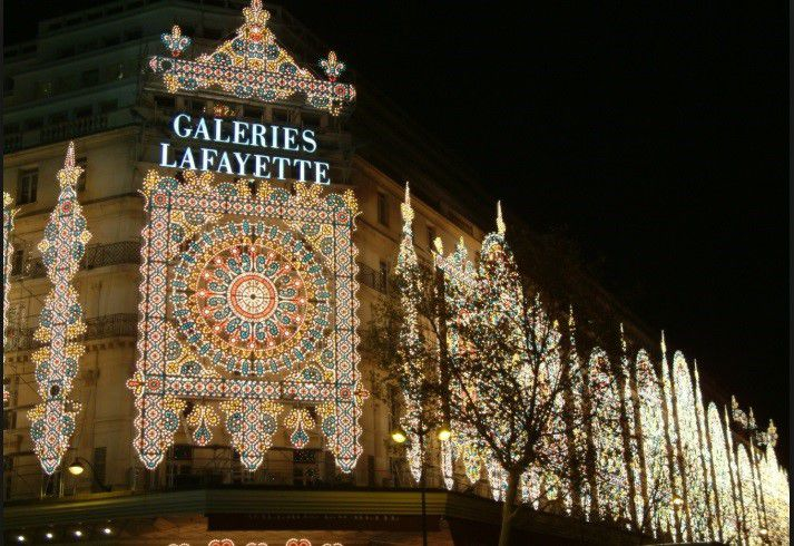 Galeries Lafayette adorned with holiday lights