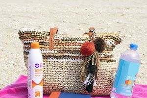 Daisy Rose Large Straw Beach Tote Bag
