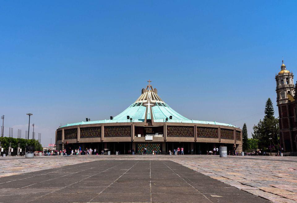 The exterior of the Basillica de Guadalupe