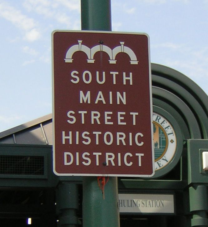 South Main Historic Arts District In Downtown Memphis