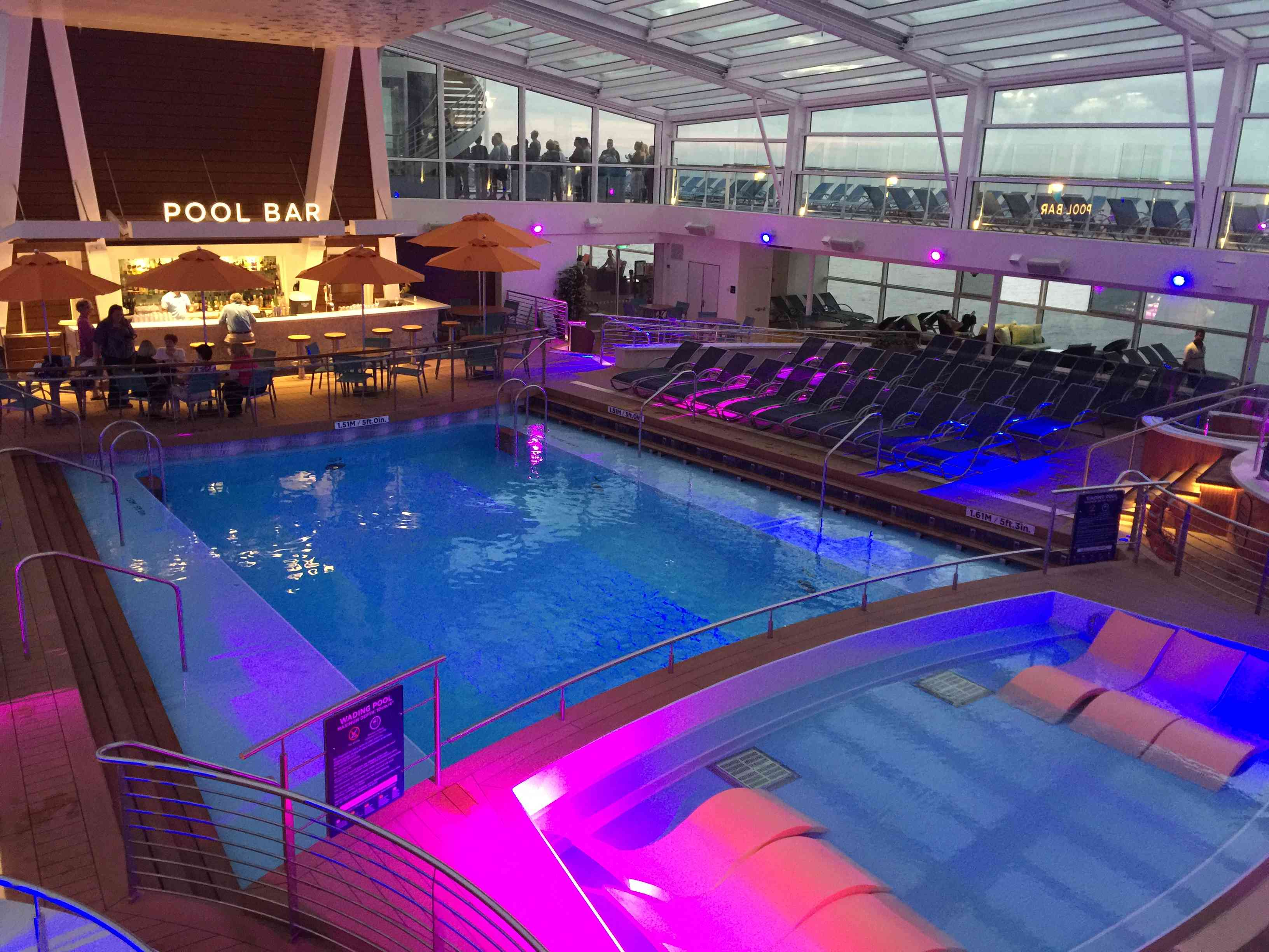Anthem of the Seas pool bar