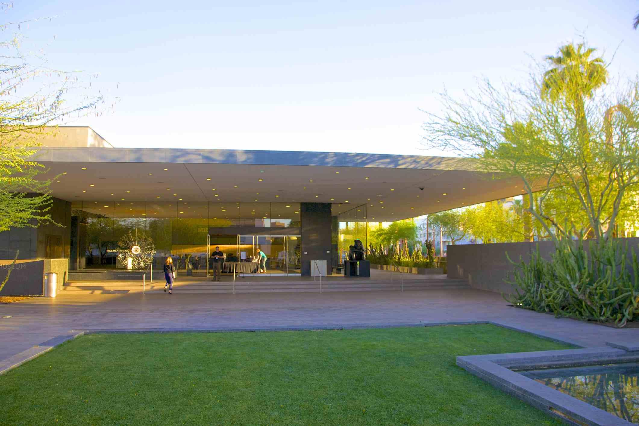 Entrance to the Phoenix Art Musuem
