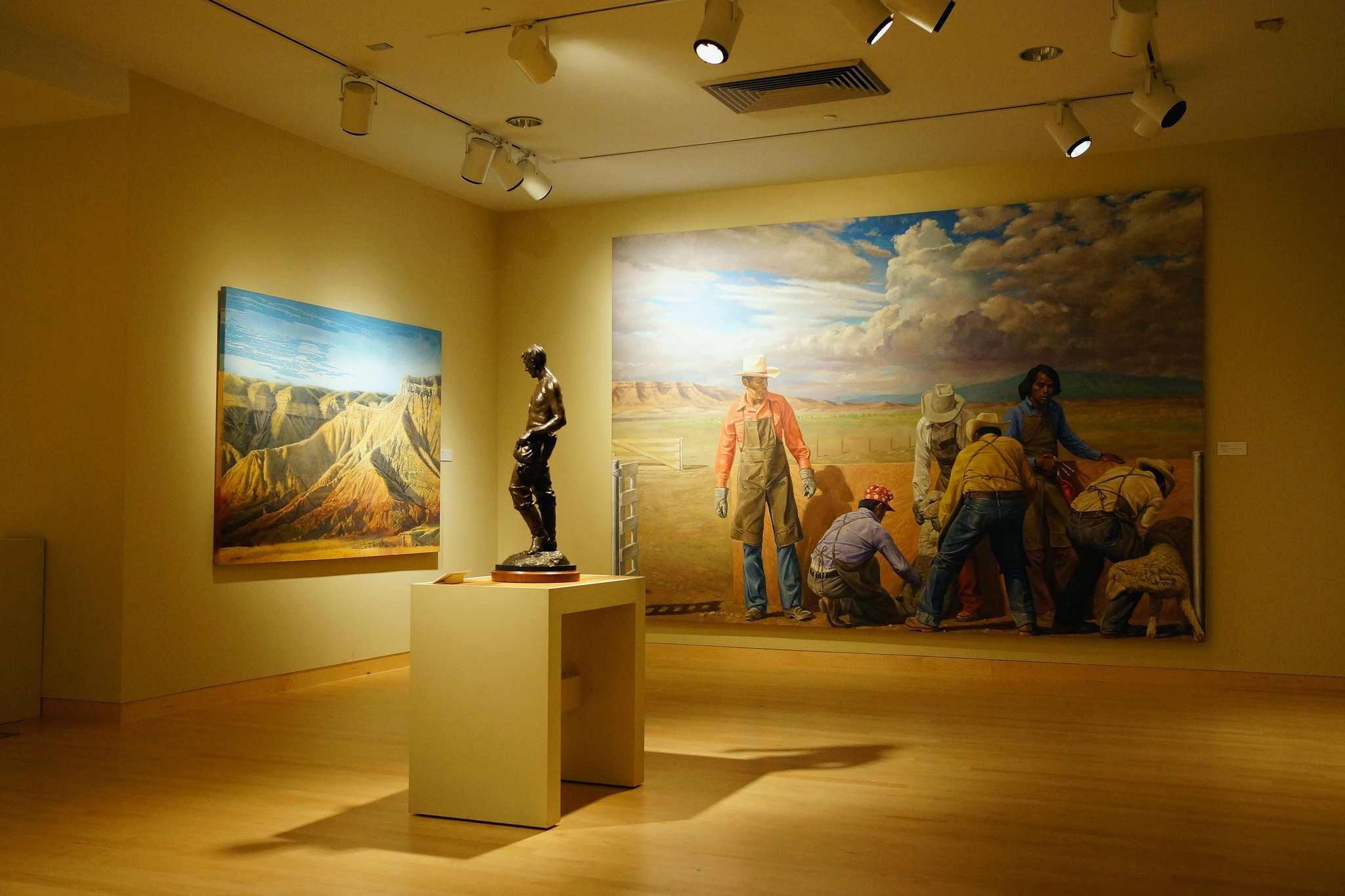 art exhibit room at Phoenix Art Museum
