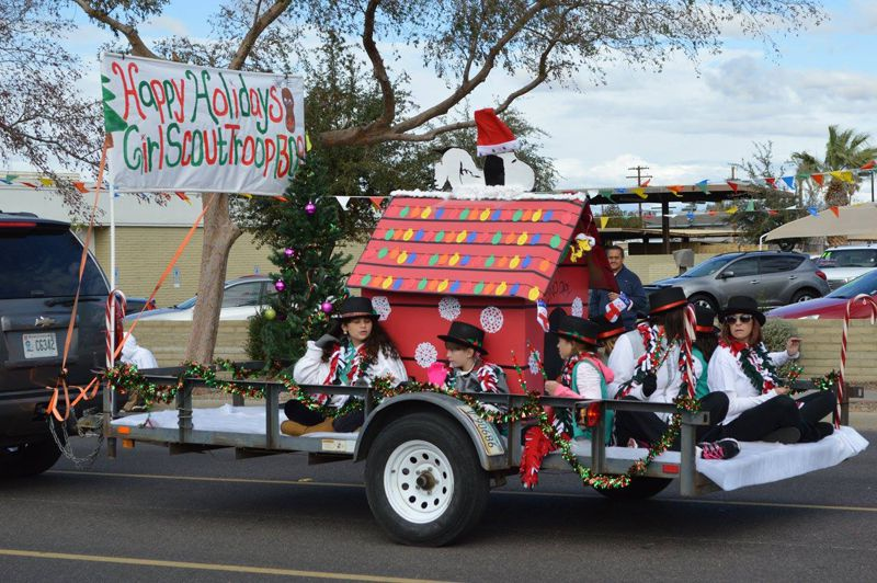 Hometown Christmas Parade in Glendale