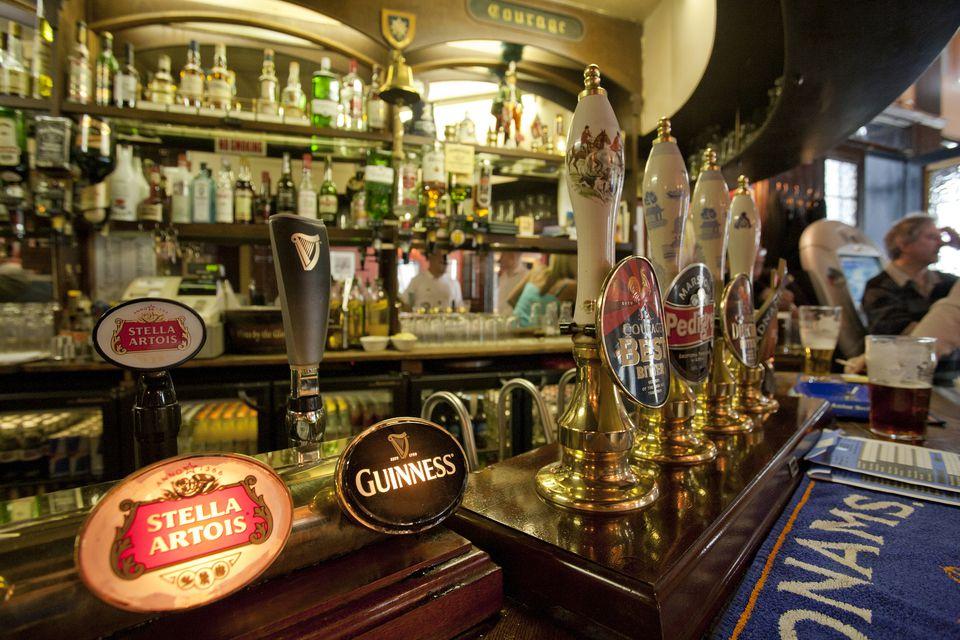 The Bar At London S Pit Pub