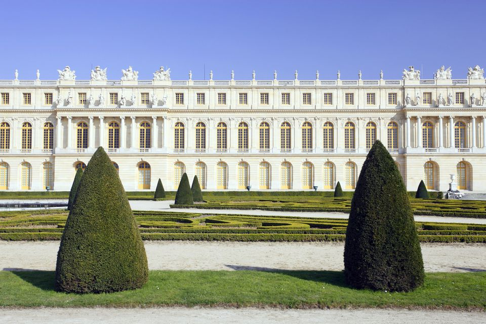 versailles palace and gardens the complete guide