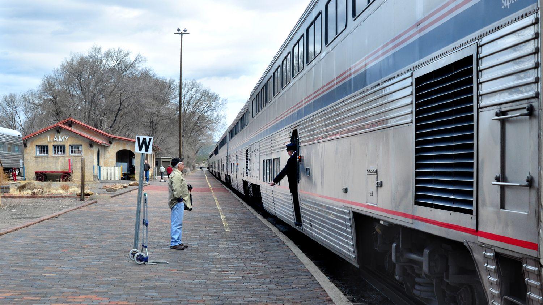 Train Travel to Phoenix, Arizona