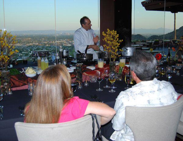 Cena de vino con el chef Anthony en diferentes puntos de vista en Phoenix, Arizona