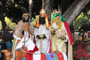 how to celebrate three kings day in mexico - How Is Christmas Celebrated In Mexico