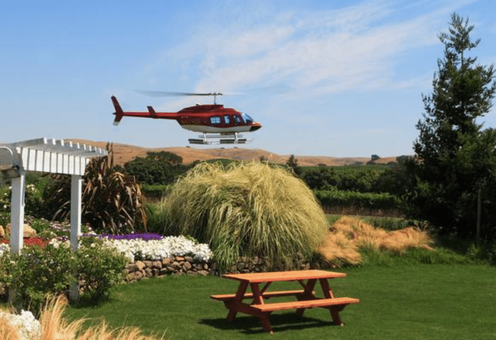 Napa by Helicopter with Wine Tasting and Food Pairing