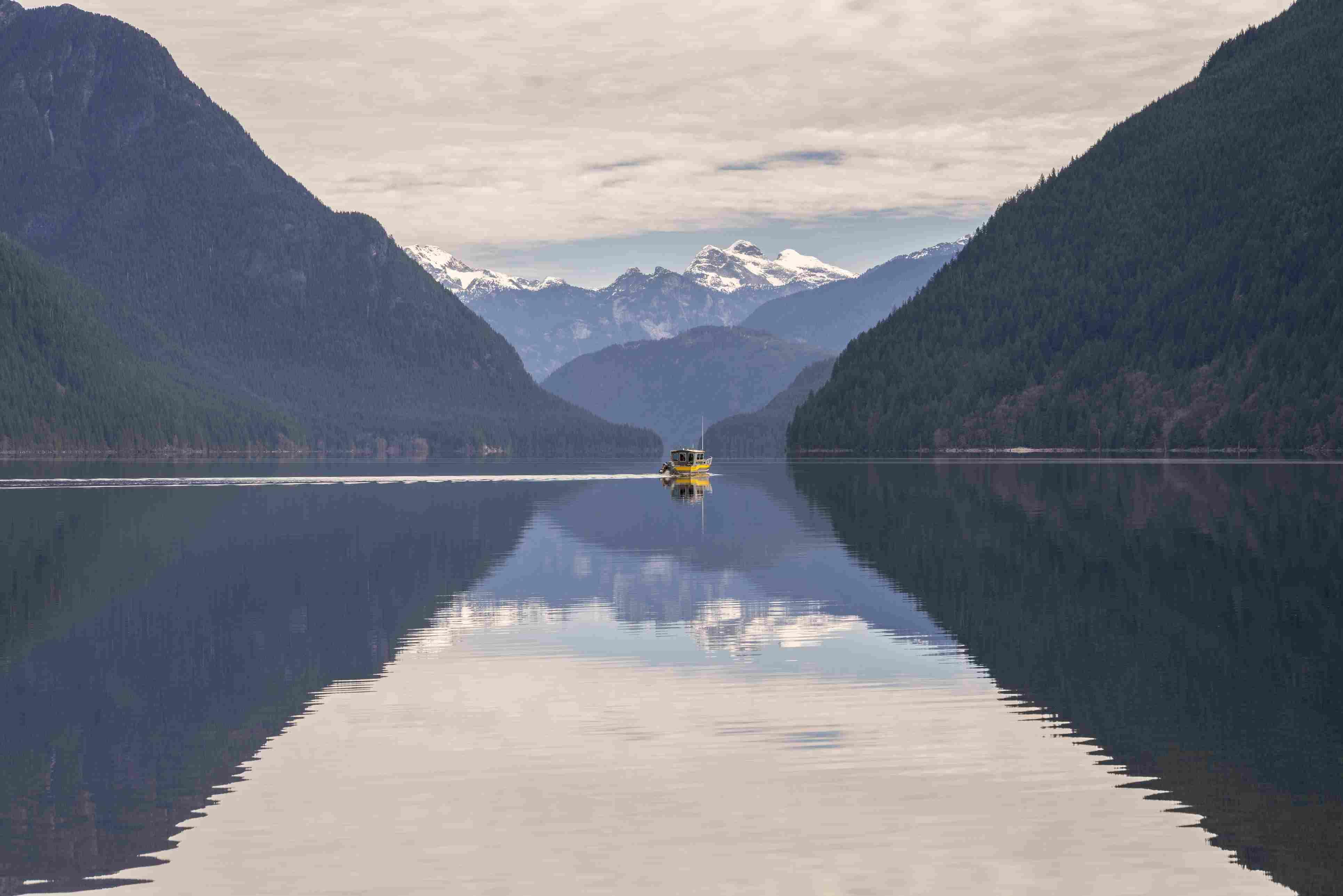 Boat on Alouette Lake in Golden Ears provincial park, Maple Ridge, British Columbia, Canada.