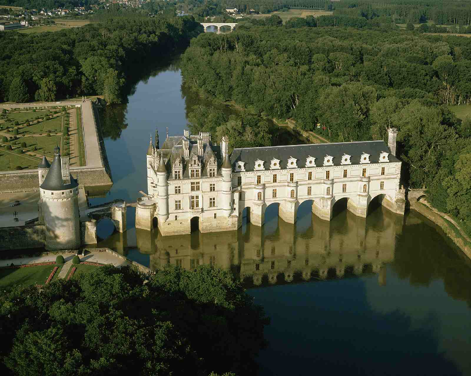 Chenonceau Chateau in the Loire Valley
