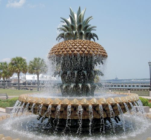 The Pineapple Fountain in Charleston's Waterfront Park