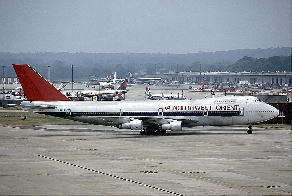 Flashbackfriday 10 Great Retro Airline Liveries