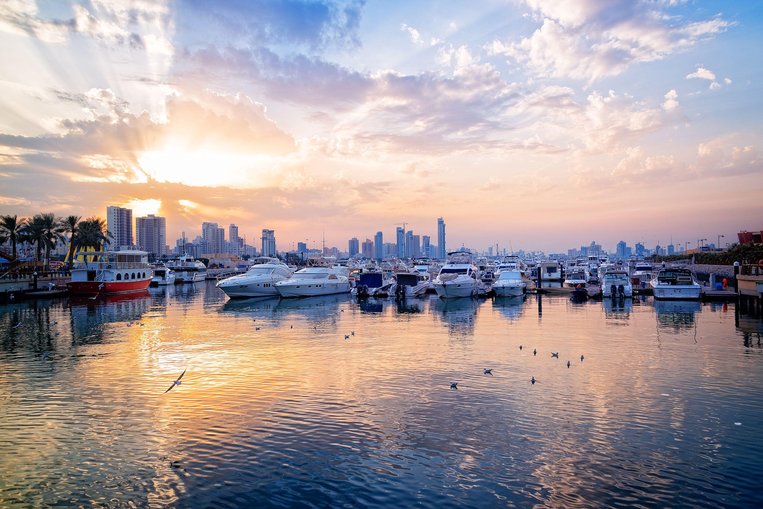 Marina Crescent, Ciudad de Kuwait