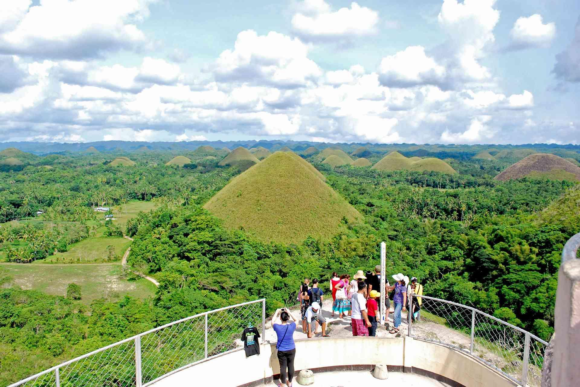 Chocolate Hills Viewdeck, Bohol, Philippines