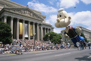 USA, Washington DC, Fourth of July parade on Constitution Avenue