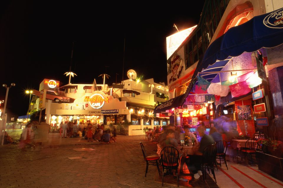 Nightlife at outdoor restaurants in Cancun, Mexico