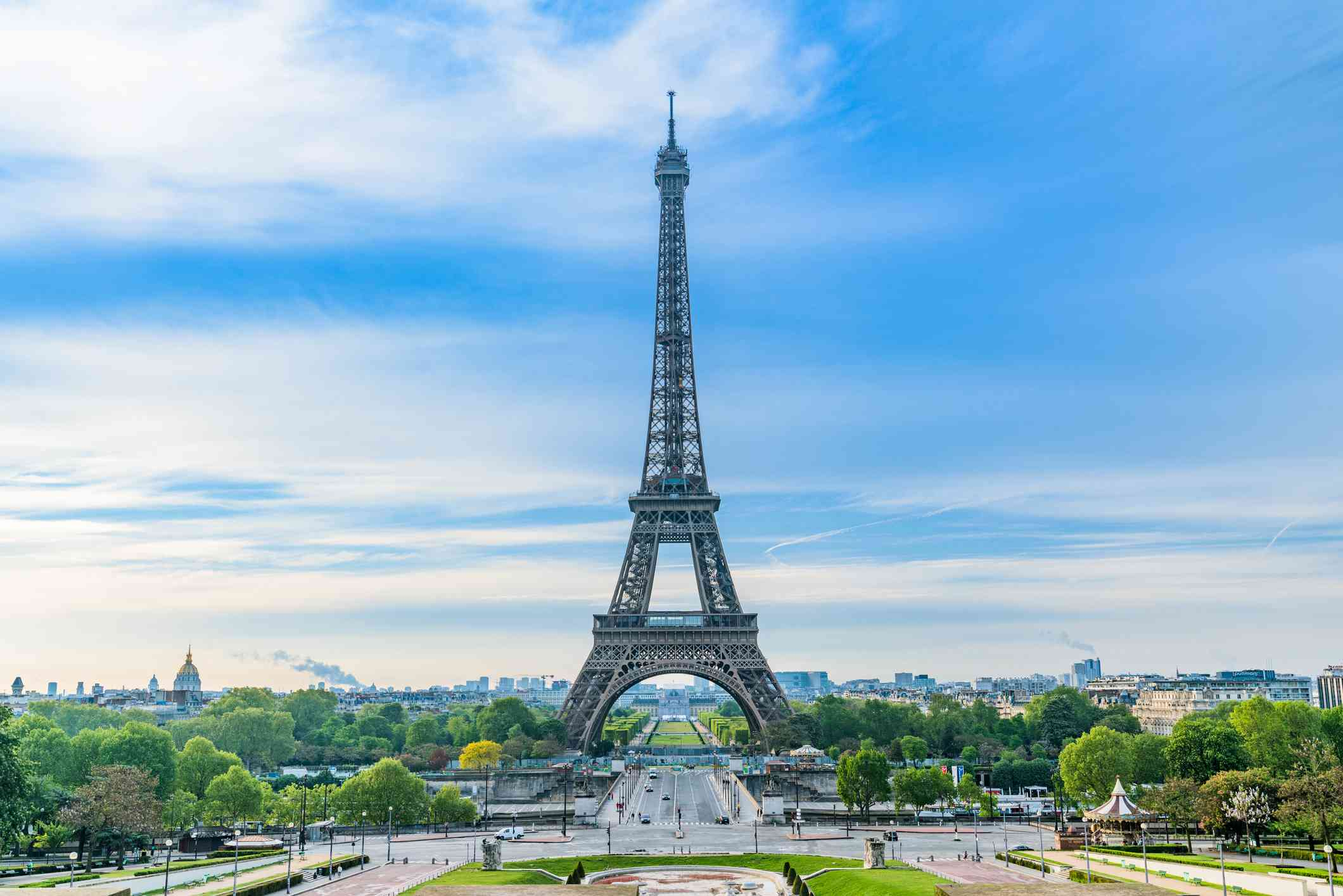 Eiffel Tower and Paris city in the morning