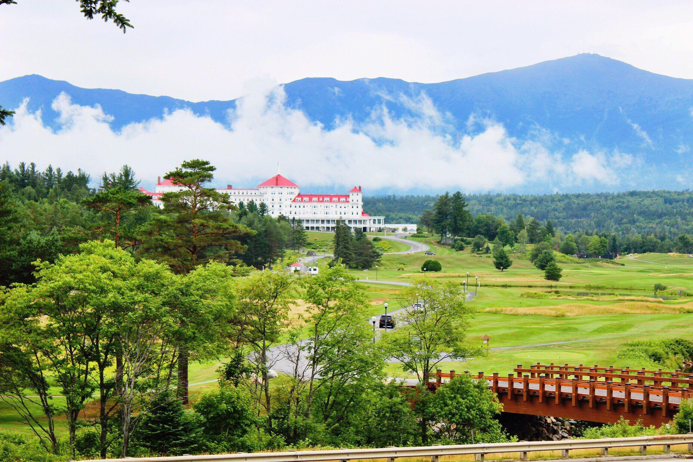 Omni Mount Washington Resort Against Mountains In Foggy Weather