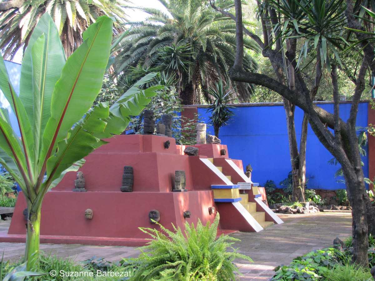 Pyramid at La Casa Azul