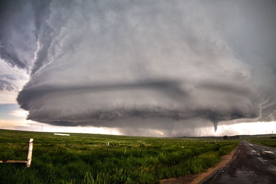 Huge mesocyclone with a tornado