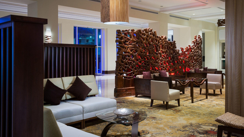 San Juan Marriott & Stellaris Casino Red Coral Lounge