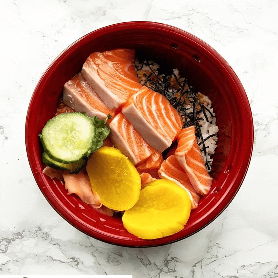 Salmon ramen bowl