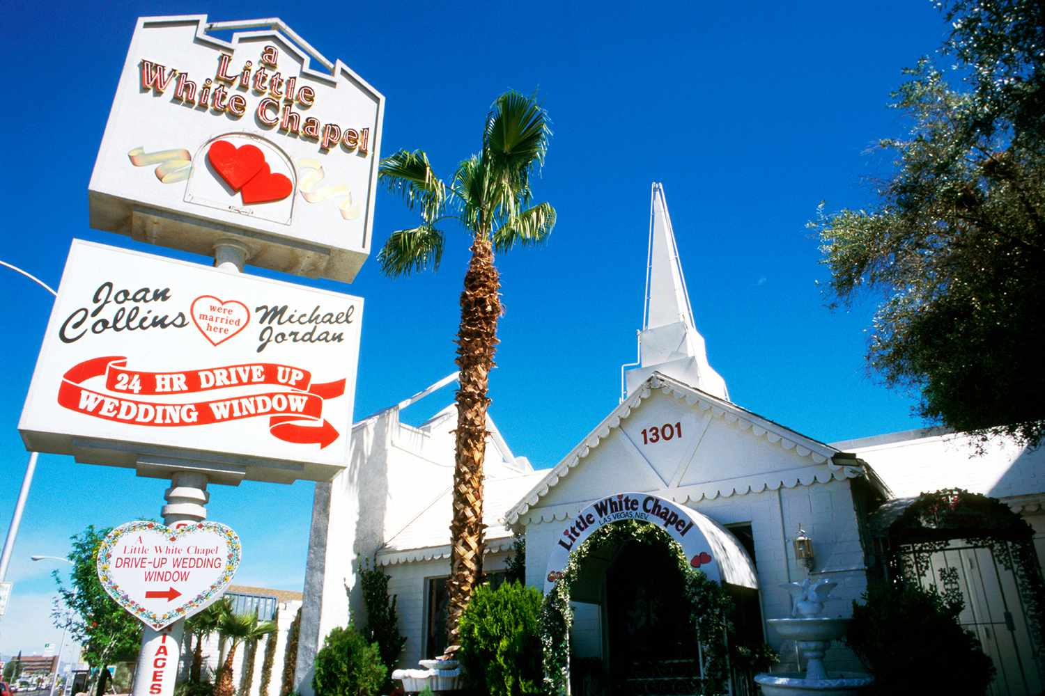 Lil Wedding Chapel.Wedding Planning At A Las Vegas Chapel