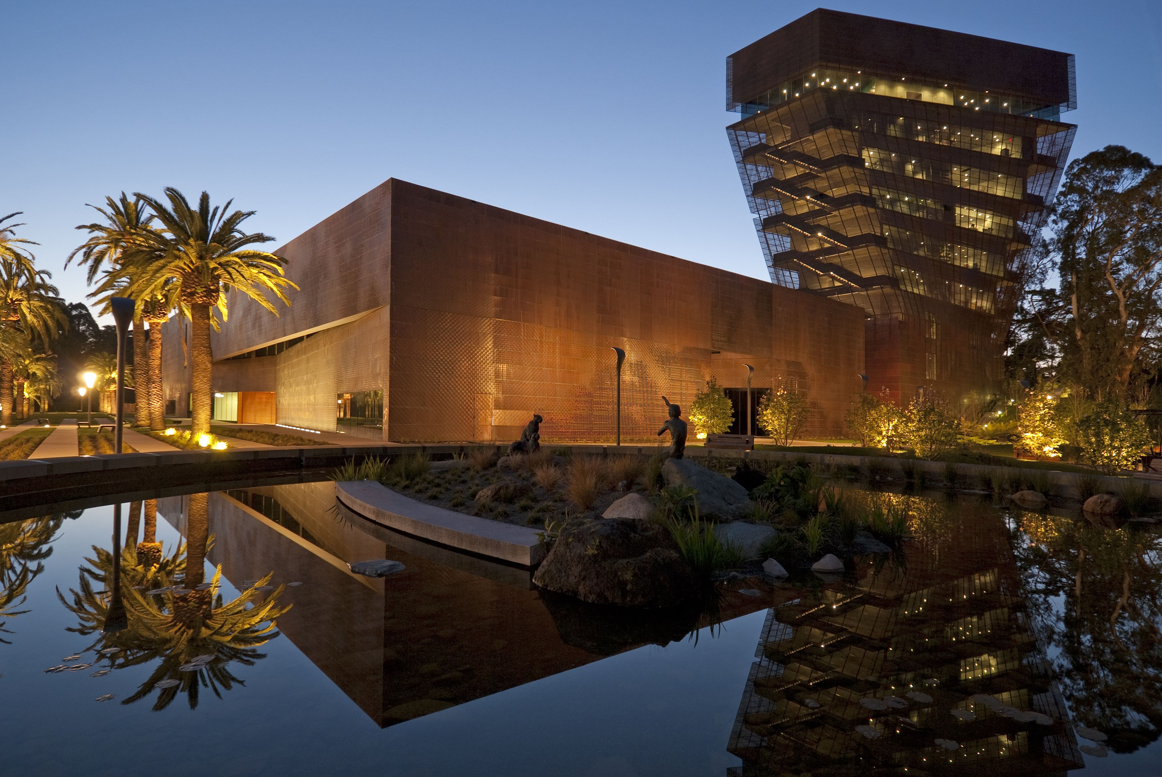 Car Share San Francisco >> De Young Museum: How to See the San Francisco Art Museum