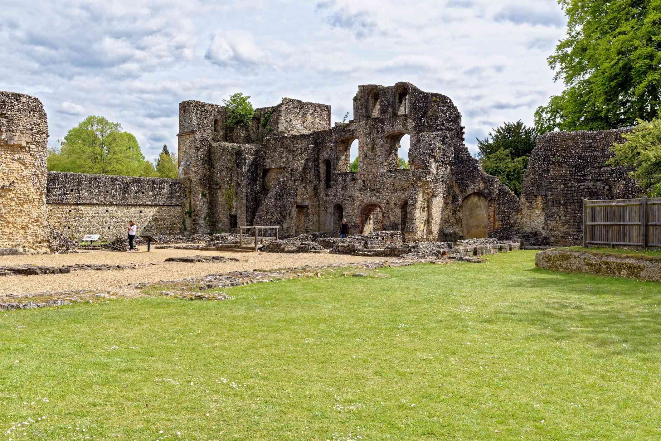 Wolvesey Castle, Old Bishop's Palace in Winchester City