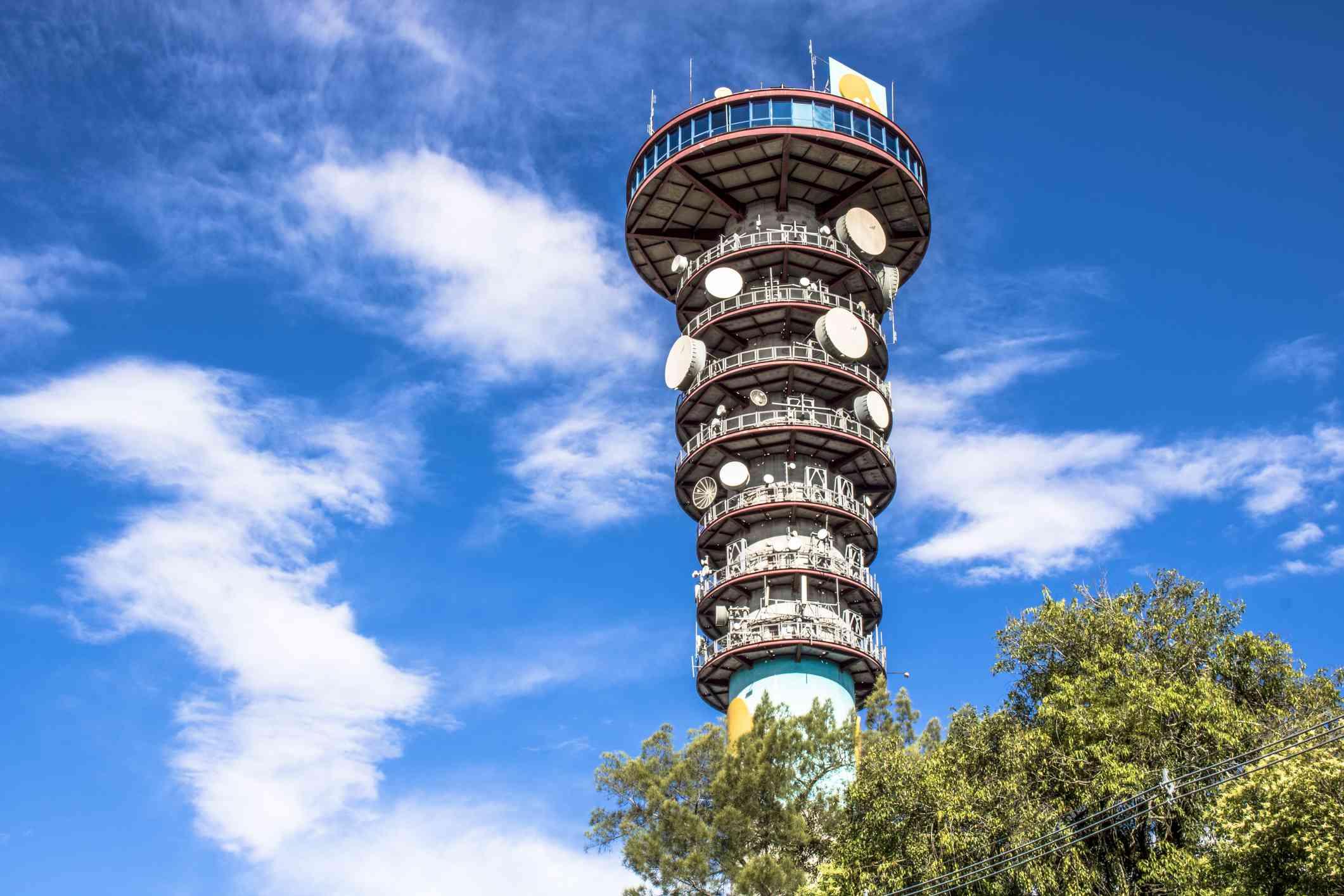 Mirador de la torre panorámica en Curitiba, Brasil