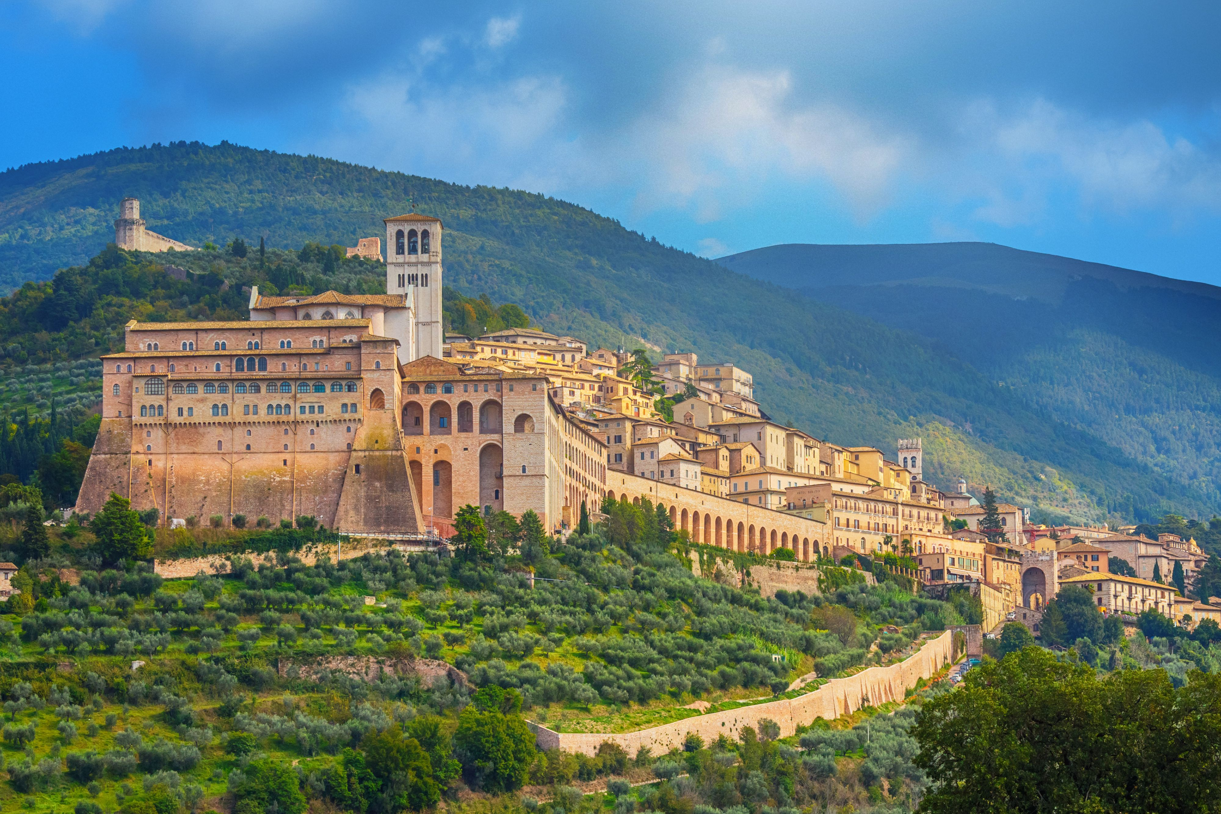 Umbria, Italy: Best Hill Towns and Places to Go