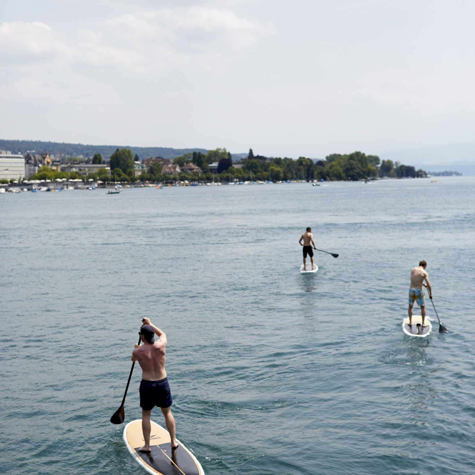 Stand Up Paddle Boarding Shellharbour | NSW Holidays