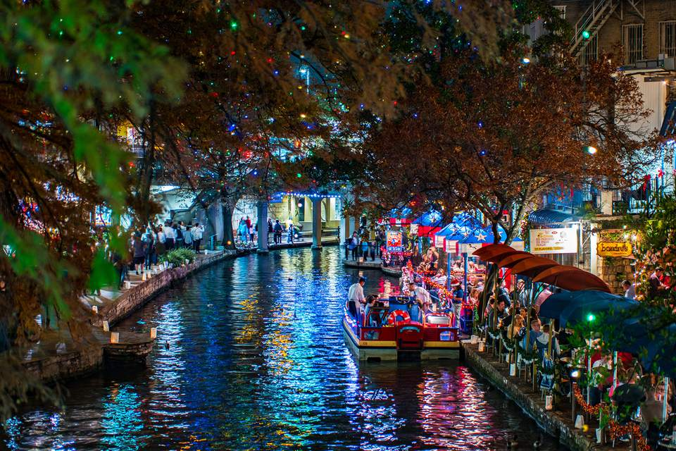 san antonio riverwalk at night during christmas
