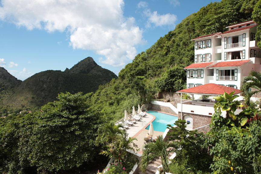 The Luxurious Queens Gardens Hotel Saba
