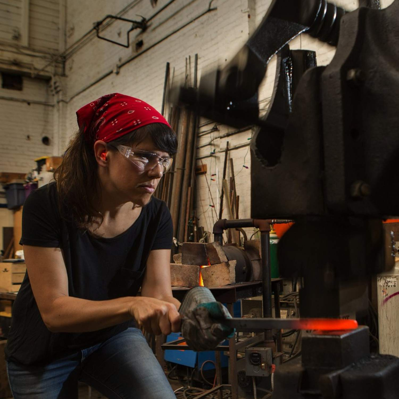 Craft maker forging steel