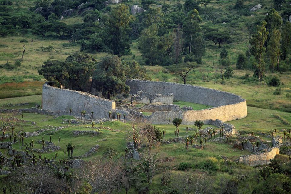 Panorama of ruins and large enclosure of Great Zimbabwe (Unesco World Heritage List, 1986), Zimbabwe