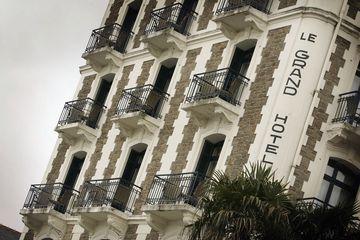 French Hotel