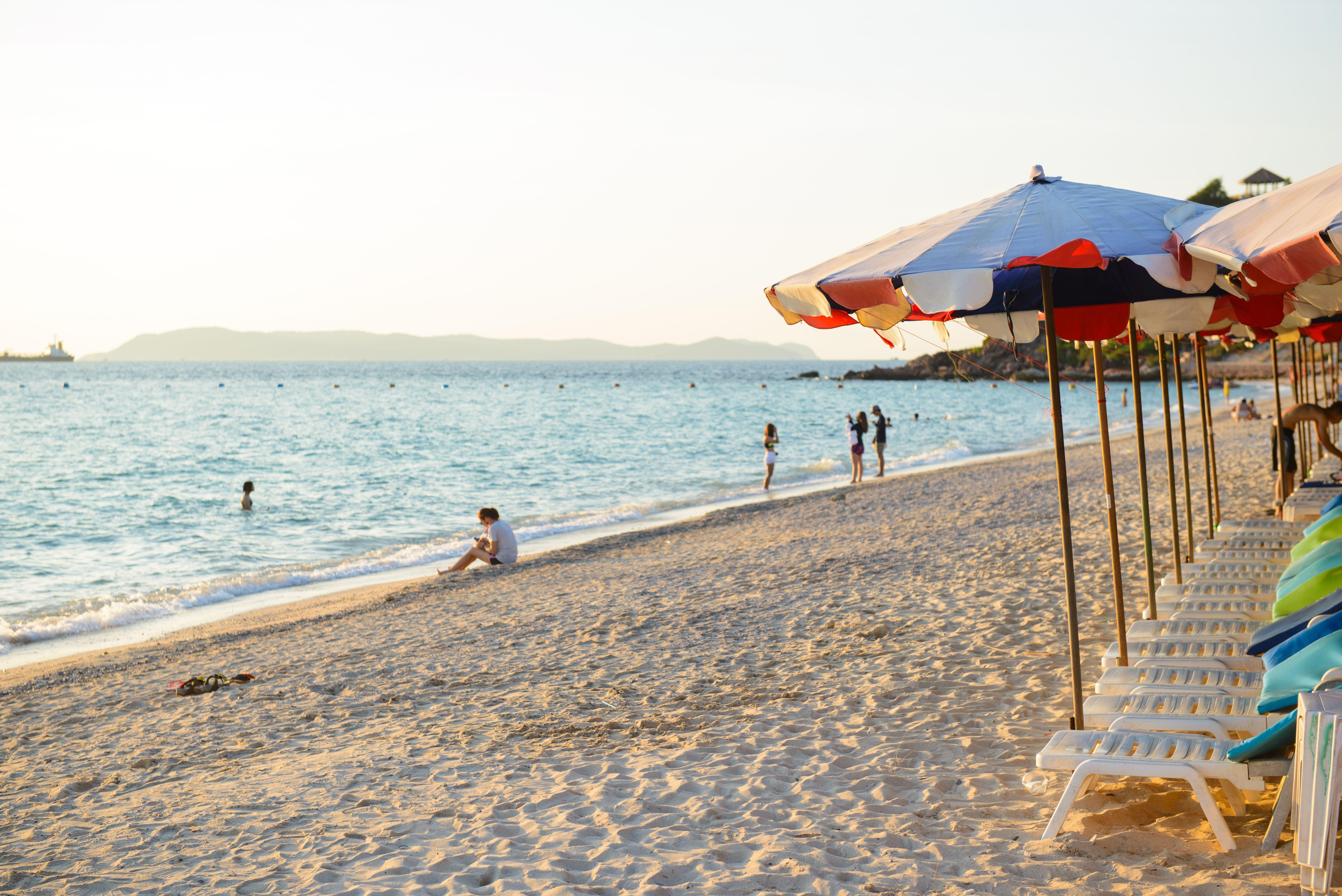 Samae Beach on Koh Lan near Pattaya