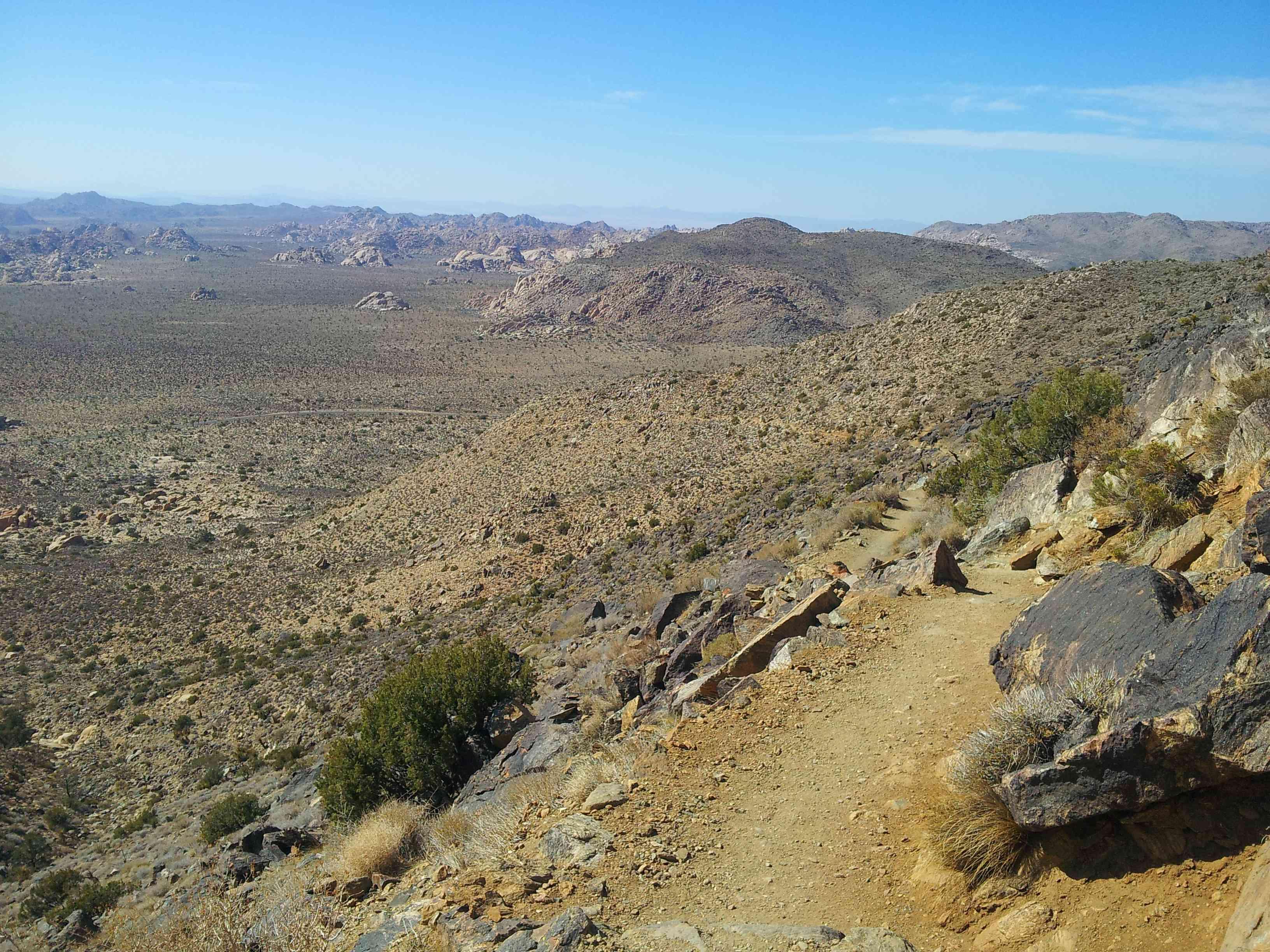 Ryan Mountain Hiking trail at Joshua Tree National Park