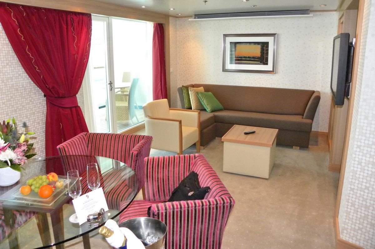 Seabourn Odyssey - Owners Suite