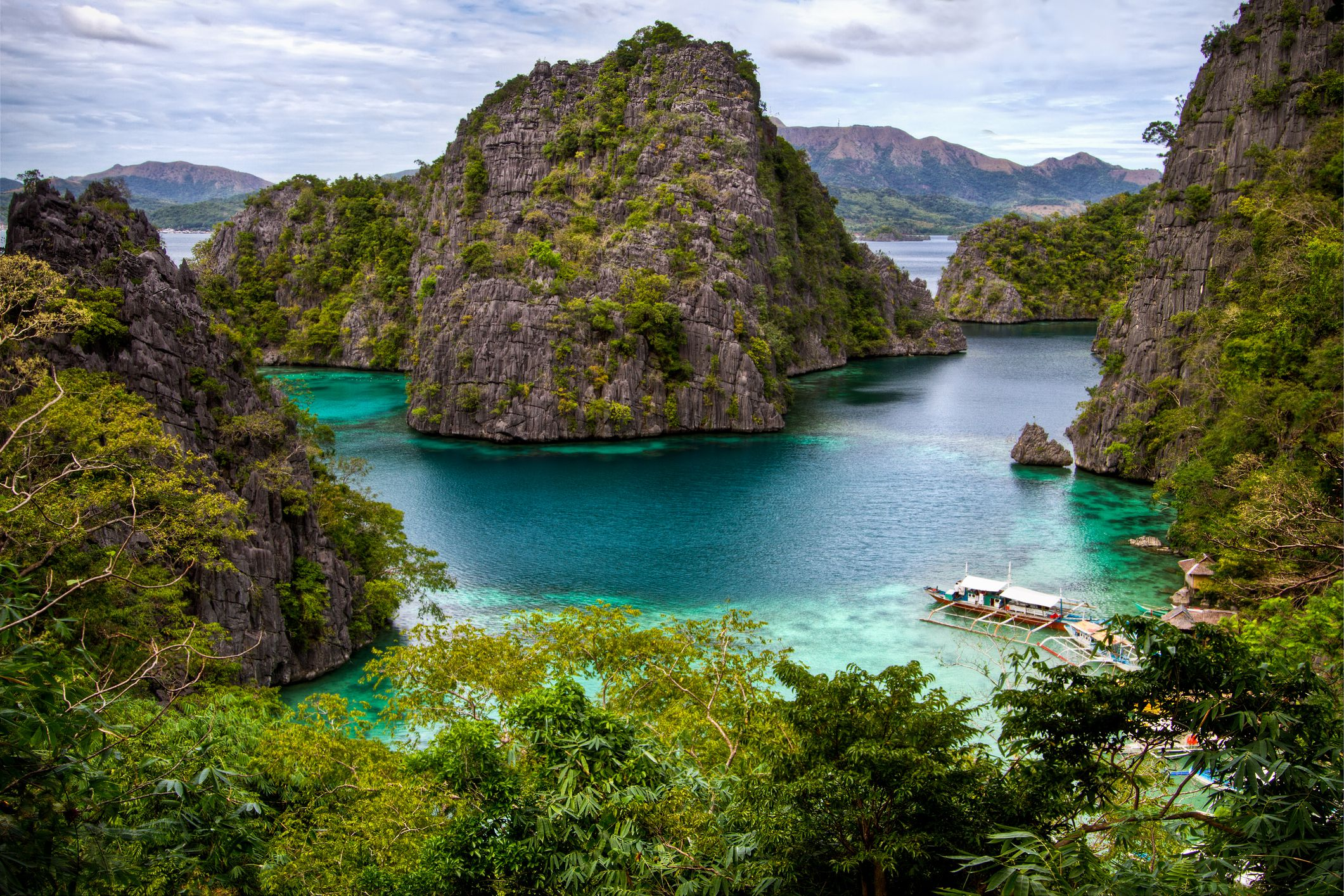 The most breathtaking view from the top of the walkway toward the Kayangan Lake