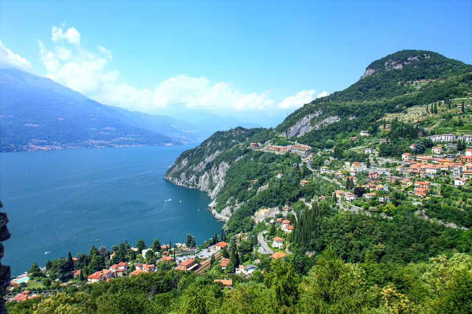 Aerial view of Lake como and surrounding towns