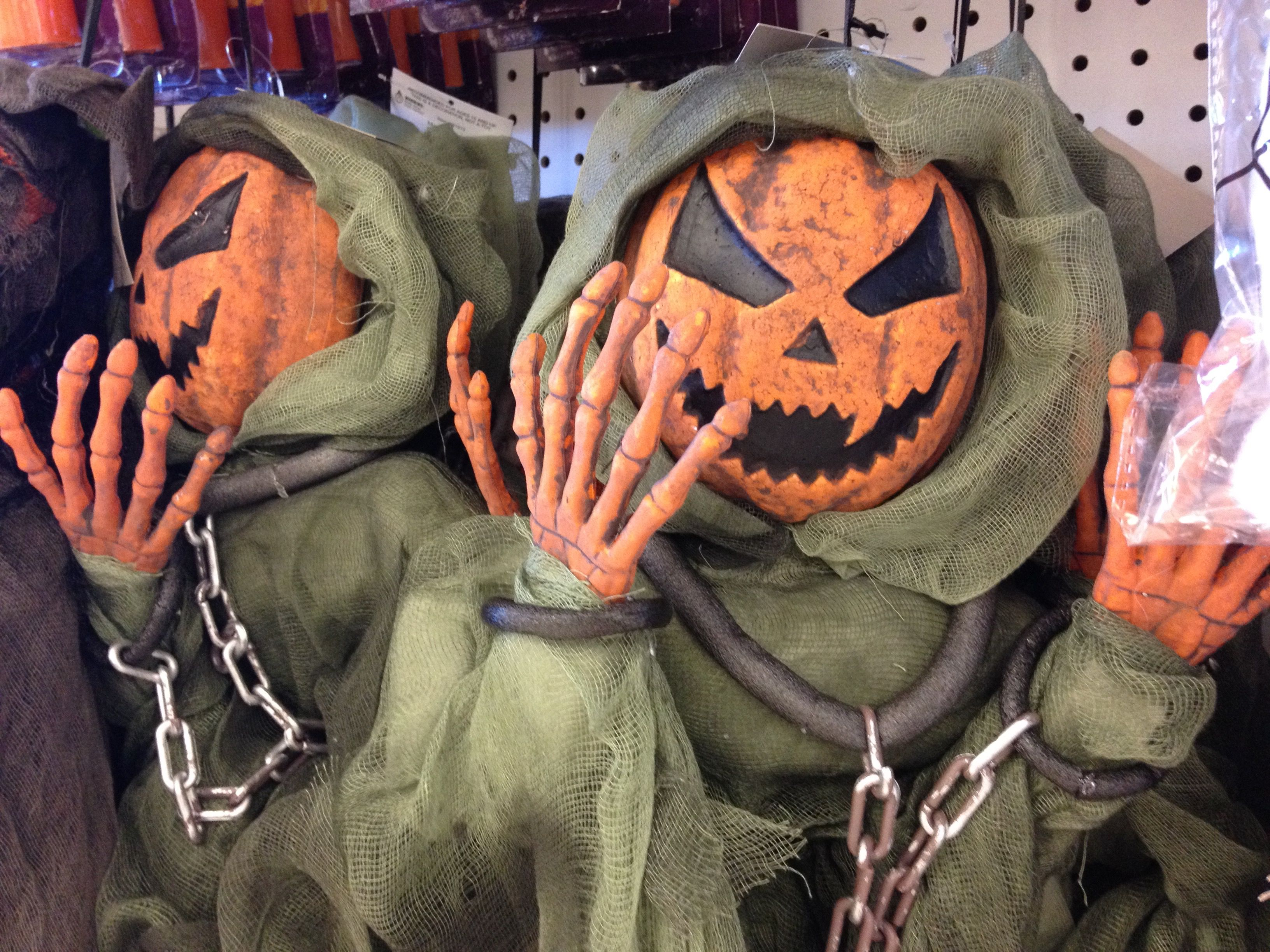 the best halloween shops in st. louis