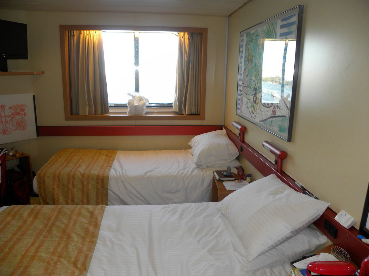 Pictures Of The Carnival Fantasy Cruise Ship Interiors